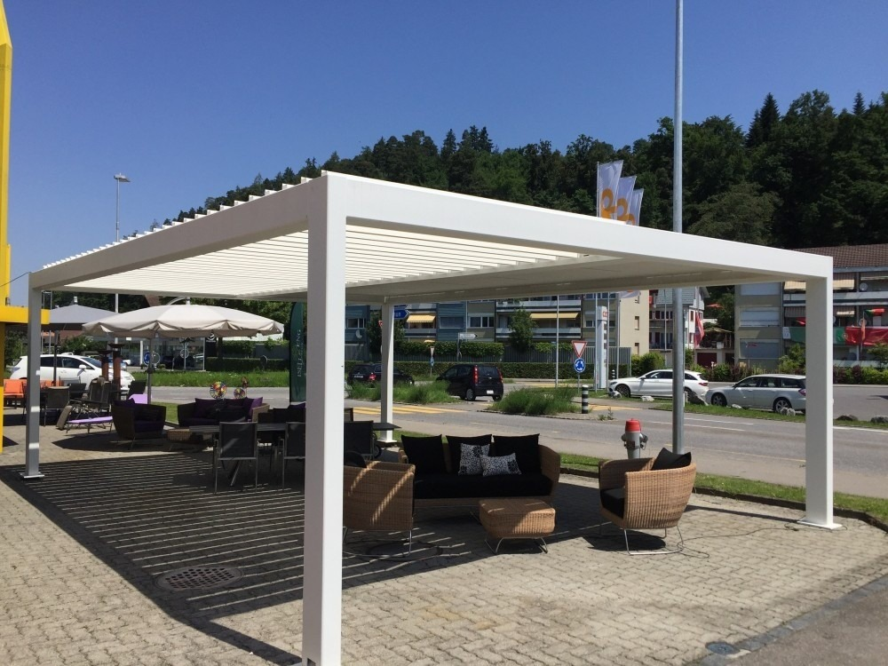 another freestanding pergola utilized by a restaurant in Switzerland